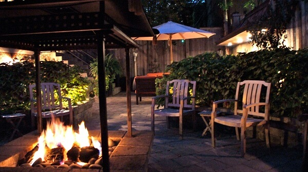 Patio & Fire Pit Lincoln Park Chicago