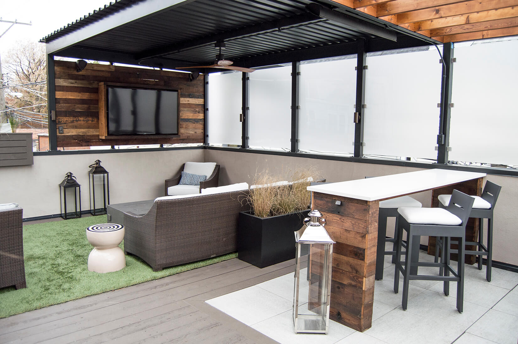 Garage Rooftop Lakeview Chicago