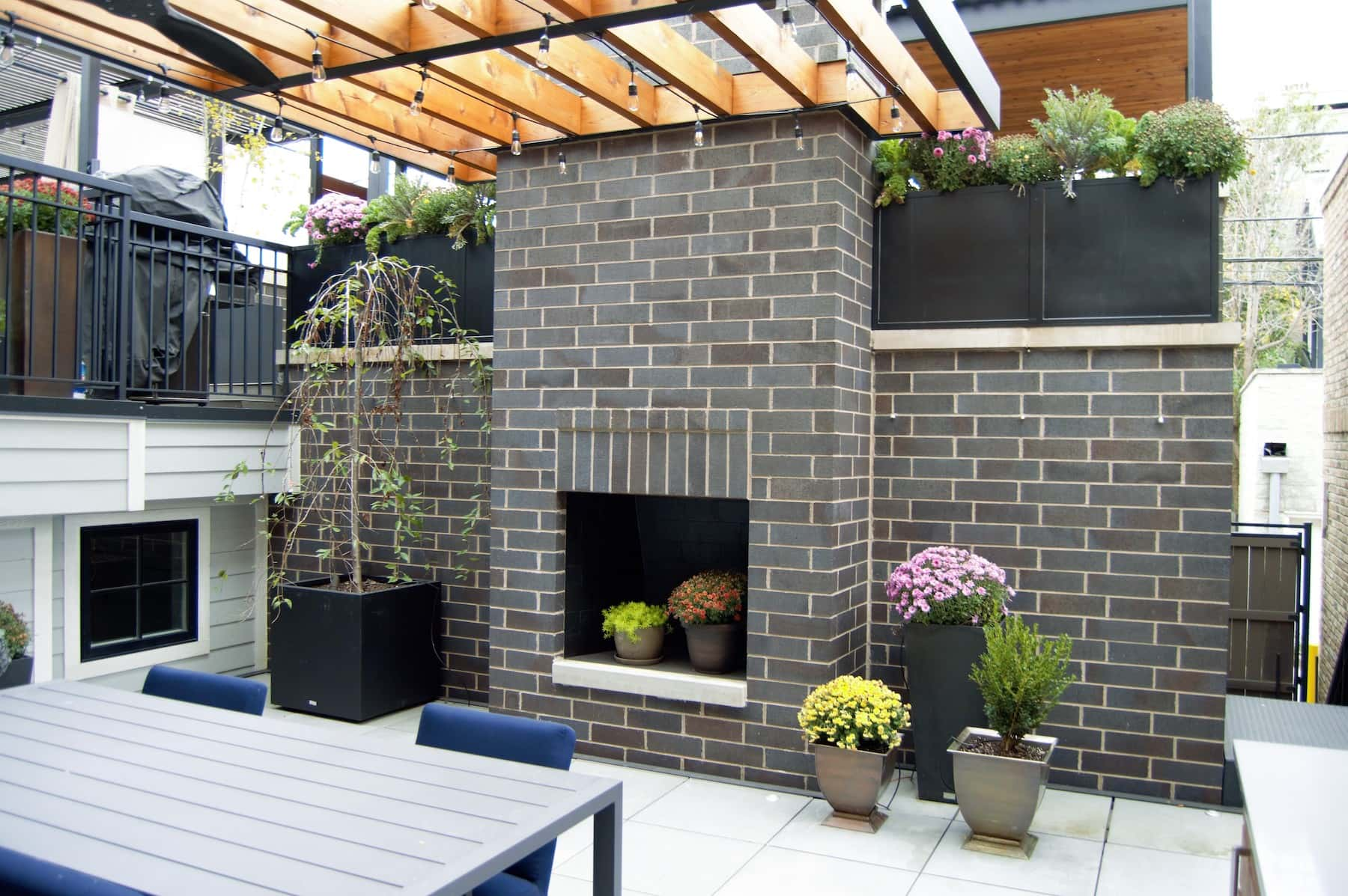 Outdoor Fireplace Planters Outdoor Dining Pergola Lake View Chicago
